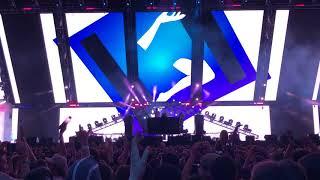 Louis The Child premiere new Khalid remix at Coachella 2018