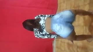Thais dançando muito
