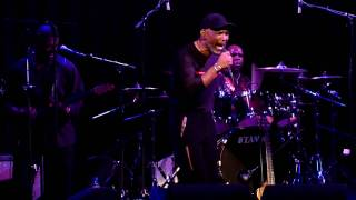 Maze feat. Frankie Beverly live in Amsterdam-Can't Get Over You