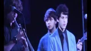 Paràsits - A buen ritmo (cover) @ la Bombolla (Salt)