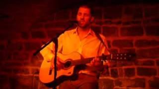 Damien Bousquet - Baby one more time (Live au Kibele)