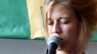 Selah Sue - Mommy (Live @ Sounds, Tilburg)