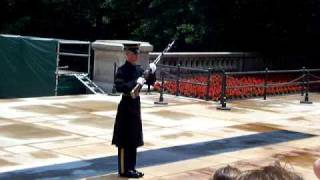 AWESOME VIDEO - Tomb Guard Yelling at Loud Spectators!!!