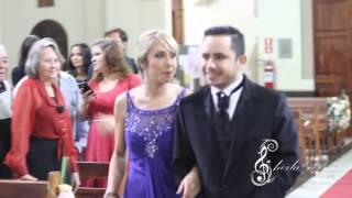 """Entrada do noivo Lúcio - Música """"Foi Deus"""""""