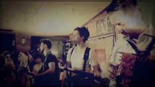 Bagossy Brothers Company - Van egy ház (Official LIVE)