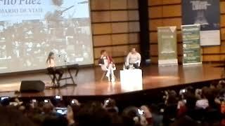 Margarita Páez tocando el piano (Fito Páez, feria del libro, Bogotá, 2017)