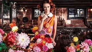 Ontwerper Edwin Oudshoorn maakt couture met bloemen
