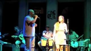 Roberta Nistra e Mussa cantam Ogum de Ronda (de Roque Ferreira)
