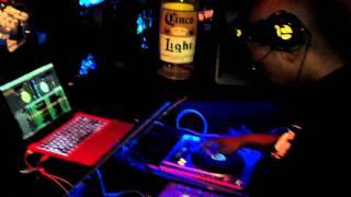 Selecta AJ mixing LIVE @ Reggae Sundays - Neo Lounge part 1
