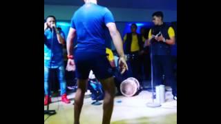 Michell Bailando Con La Gran Banda