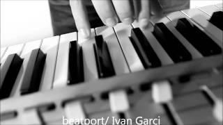tela-Ivan Garci.  Deep house music