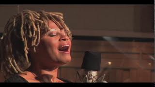 Veronica Nunn sings Michael Franks' I Really Hope It's You