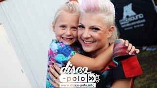 Piękni i Młodzi z córką Gabrysią - Kocham się w Tobie (występ)  (Disco-Polo.info)