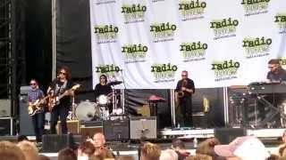 The War on Drugs - Under The Pressure (Live) - Radio 104.5 July 2015 Summer Block Party - Philly