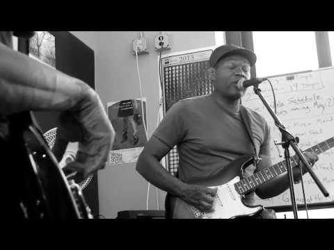 robert-cray-great-big-old-house-live-wyce-wyceradio