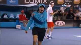 Robak na korcie tenisowym Eurosport