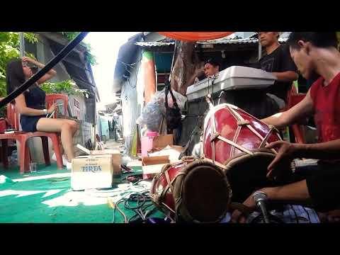 Download Lagu !!!SI GOYANG UGET!!!di Koploin Goyang Terus..HEBOHH
