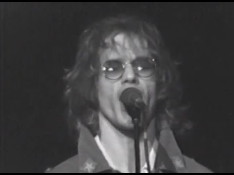 warren-zevon-johnny-strikes-up-the-band-4-18-1980-capitol-theatre-official-warren-zevon-on-mv