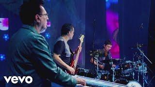 Roupa Nova - Sonhando com os Pés no Chão (Get Ready)
