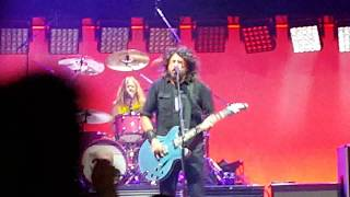 Foo Fighters Live - Something for nothing