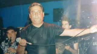 Ζαφειρης Μελας-Εγω τραγουδαγα (Σκυλαδικα)