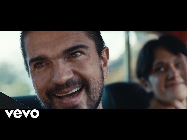 """Videoclip oficial de la canción """"Es tarde"""" de Juanes."""
