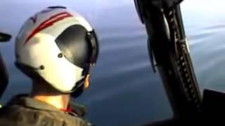 Pouso em Navio Porta Aviões Visto da Cabine