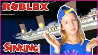 Can We Survive Titanic Sinking??? / Roblox Titanic