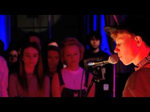 king-krule-rock-bottom-live-at-future-festival-bbc-radio-1