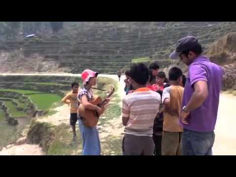 村井まな ( ManaYohei ) ネパール路上ライブ / Mana Murai Street Live in Nepal