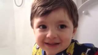 """Lorenzo - cantando """"Sexta-feira cadê você"""""""