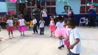 El baile de la hormiguita