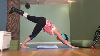 Annie LeVasseur - Yoga Flow In A Cast