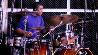 Jonathan Livas - Rihanna - Pour It Up (Drum Cover)