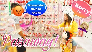 LETTING THE PERSON IN FRONT OF US DECIDE WHAT WE BUY! (NAPAAWAY?!) + ANO ANG PAMBAWI KAY MIK?)