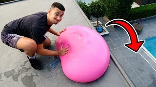 DROPPING GIANT 6ft WATER BALLOON OFF THE ROOF!!