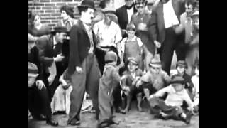 Charlie Chaplin - The Kid (Fight Scene)