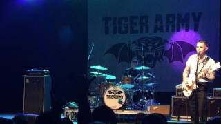 Tiger Army live - I Am The Moth