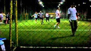 Axel contra el equipo del Día perfecto (Video 2)