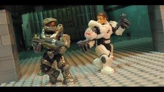 Halo Mega Construx - Master Chief vs Sarah Palmer