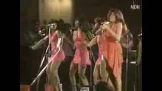 TINA TURNER   live  1973  Retro  very sexy divine l