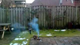 bottlecap smoke bomb