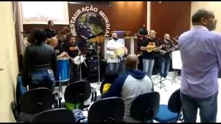 samba gospel Atos 10 louvor (fica em pe)
