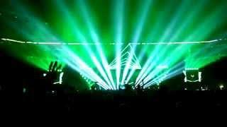 HARDWELL feat. Chris Jones - Young again // LIVE at Gelsenkirchen