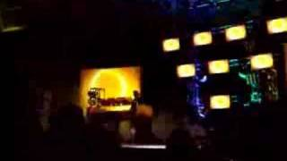 Ultra New York 2006 - Moby - part 3 - classic rave mix