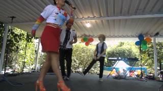 Mc Dia Feliz 2013 - Milene Pavoro e Enrico Cardoso dançando Melo do Pavoro