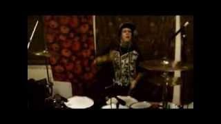 Emilush - Its A Hood Thang ( DRUM REMIX )