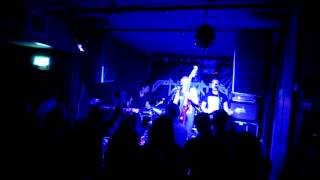 """Subsource - Molotov [Live at """"Old Blue Last"""" 17 September 2013]"""