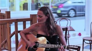 "(HD) Tracy Chapman ""Baby can i hold you"" live unplugged cover by Alexandra Sheffield"