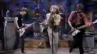 R.E.M. - So. Central Rain 10-06-83 (1st TV performance)
